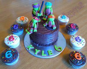 mini cake and cupcakes tmnt