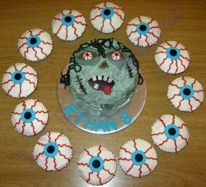 mini cake and cupcakes zombie